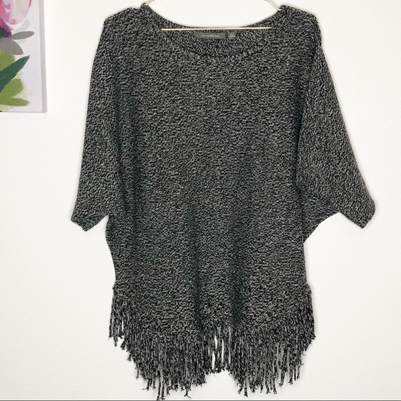 a65a62459e6 NY Collection   Fringe Bottom Poncho Pullover M